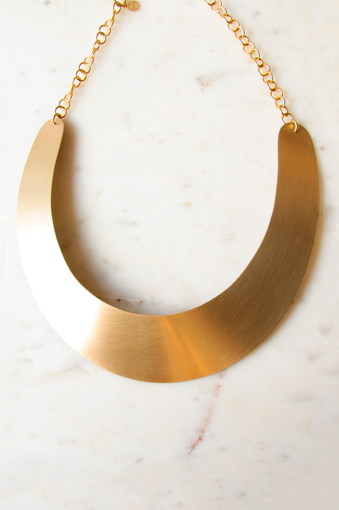 Satin brass collar