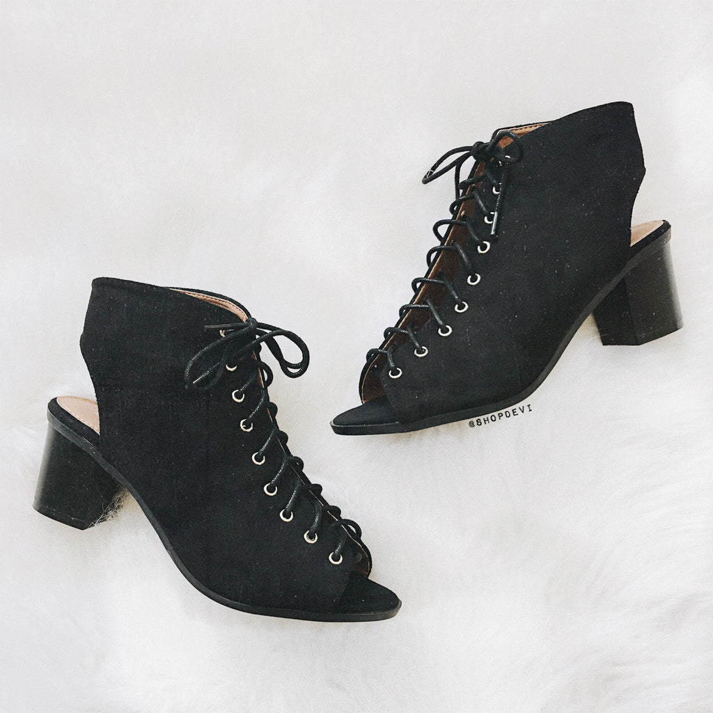Breeze Lace Up Bootie - Black