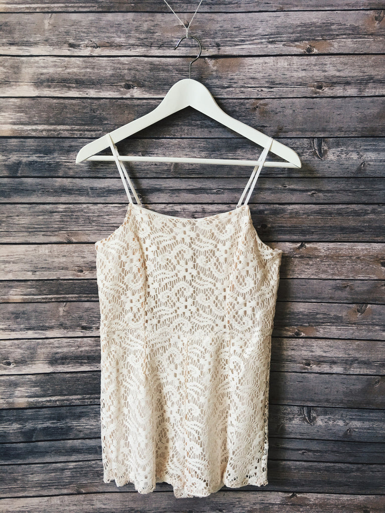 Lace Thin Strap Romper (Light Pink)