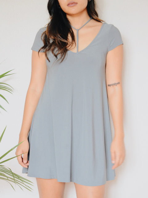 Gia Y Detail Dress (Grey)