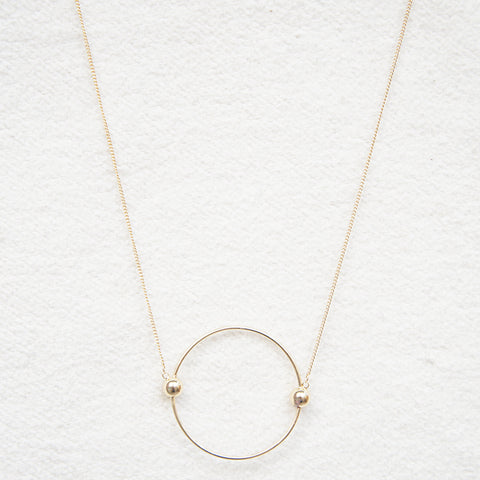 Contracted Circle Long Necklace