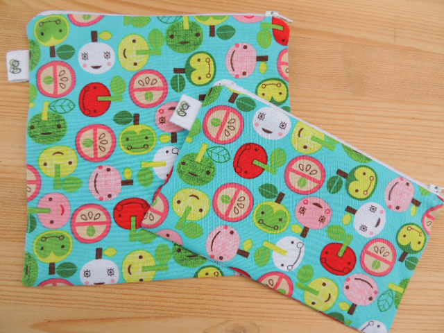Reusable Zipper Sandwich and Snack bags Set of 2 kawaii happy apples by Robert Kaufman appleville - groovygurls