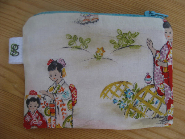 Padded Zip Pouch purse Gadget Coin Case - Vintage Style Japanese Girl Geisha Print - groovygurls