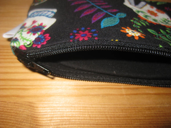 Padded Zip Pouch purse Gadget Coin Case - Day of the Dead suger skulls print - groovygurls