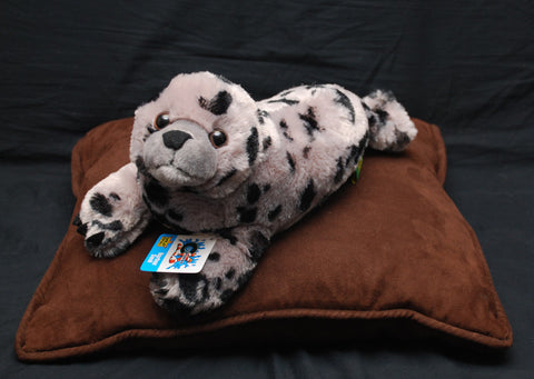 Cuddlekins Harbor Seal (15 in) by The Wild Republic