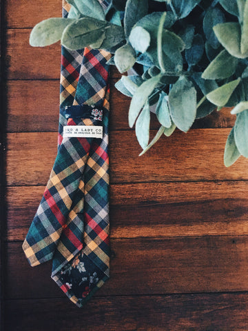 Edinburgh Skinny Tie - Lord and Lady