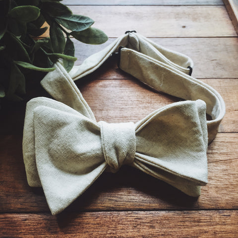 Ivory Linen Bow Tie - Lord and Lady