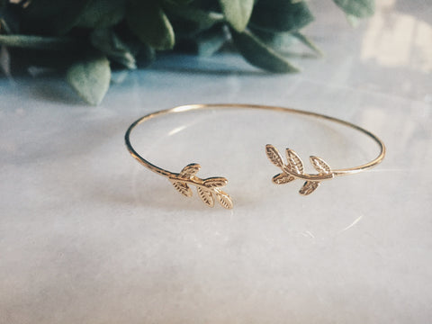 Little Leaf Bangle