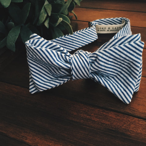 Seersucker Bow Tie - Lord and Lady