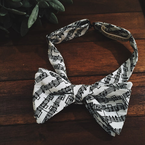 Music Note Bow Tie - Lord and Lady