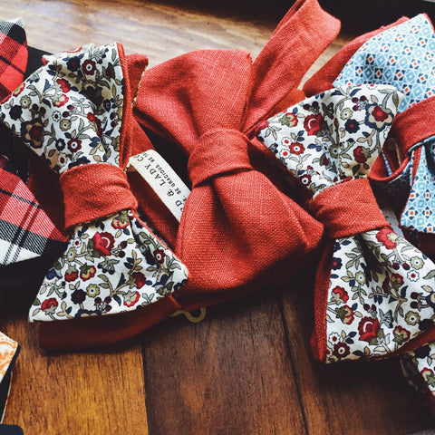 Red Linen Bow Tie - Lord and Lady