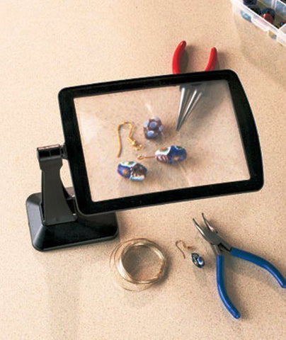 Freestanding Magnifying Screen.For reading fine print to precision,great for crafting and repairs!