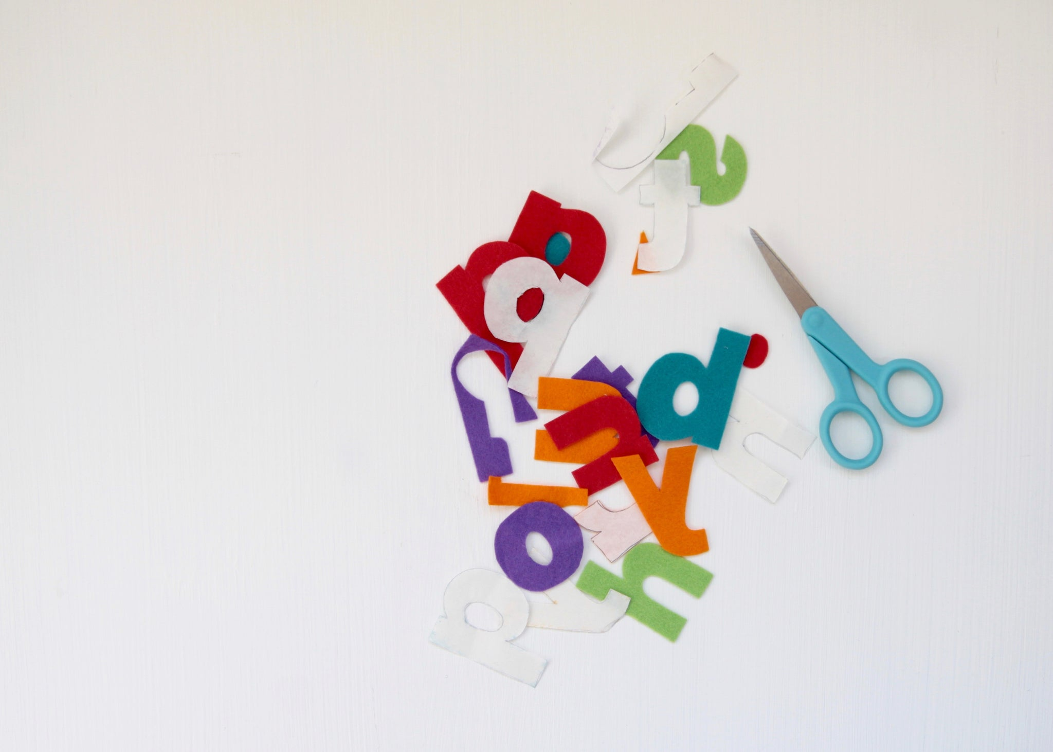 how to cut letters from felt