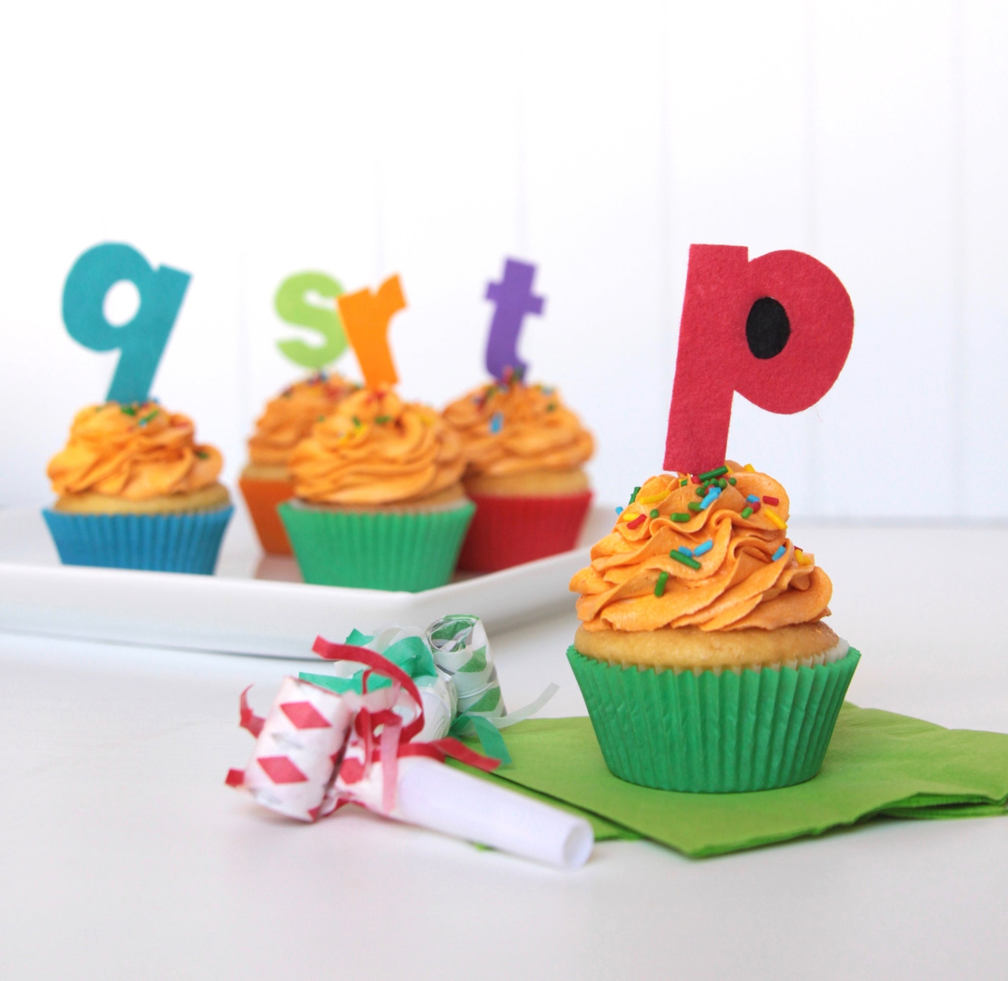 letter cupcake toppers