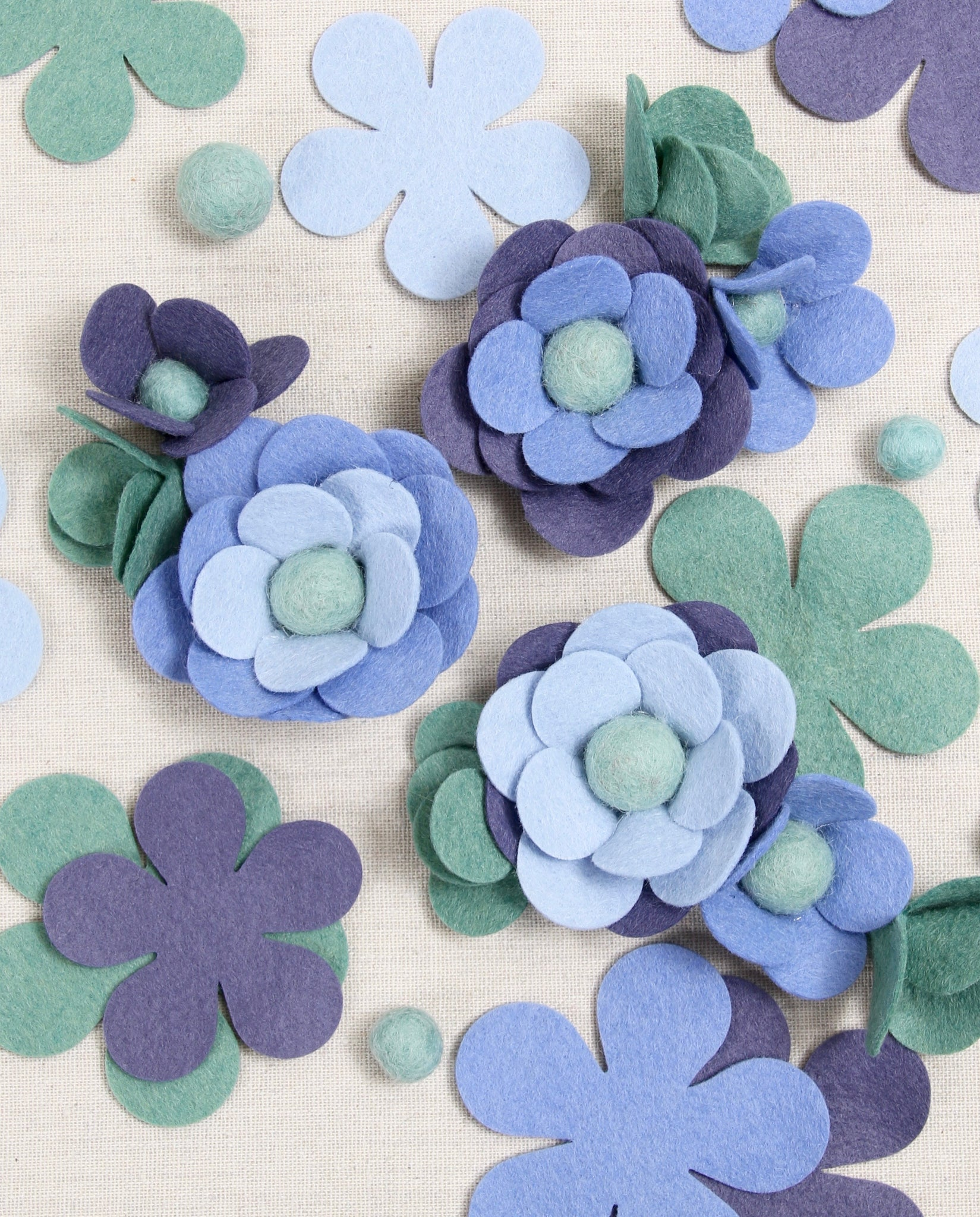 felt flower blossoms, free pattern