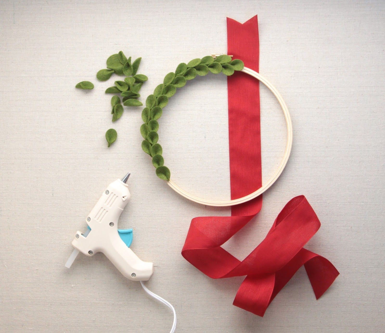 Felt Boxwood Wreath