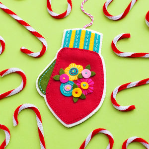 Mitten Ornament Kit