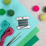Lapel Pin: I Heart Floss