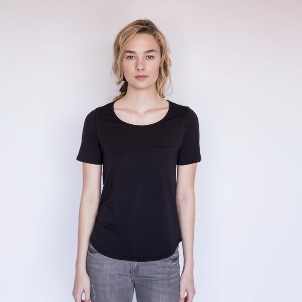 U-Neck Pocket Tee - Black