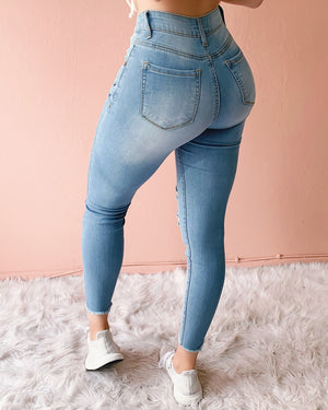 RESTOCKED! NIKI HIGH WAISTED DISTRESSED SKINNY JEANS