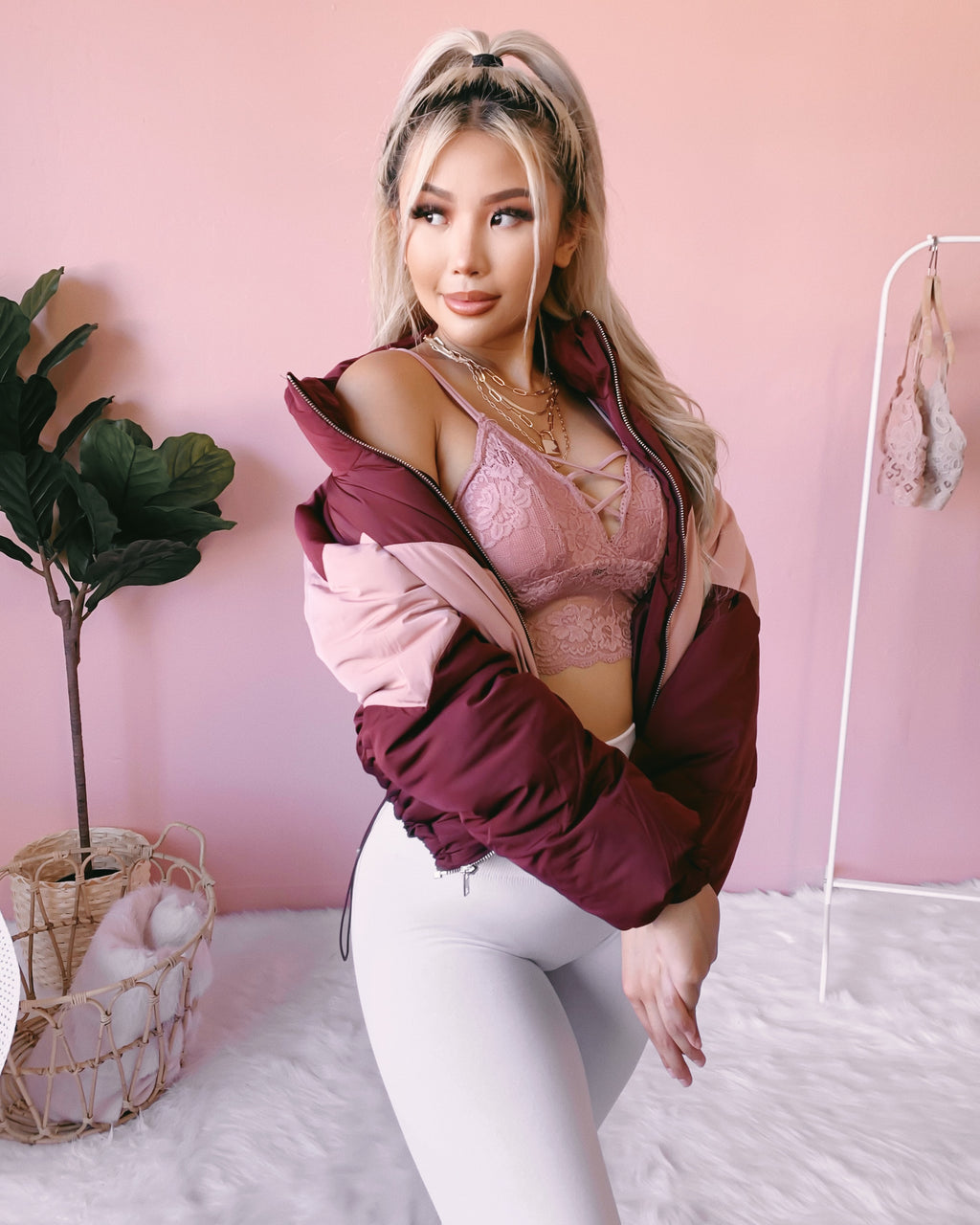 ON THE GO PUFFER JACKET (WINE/PINK)