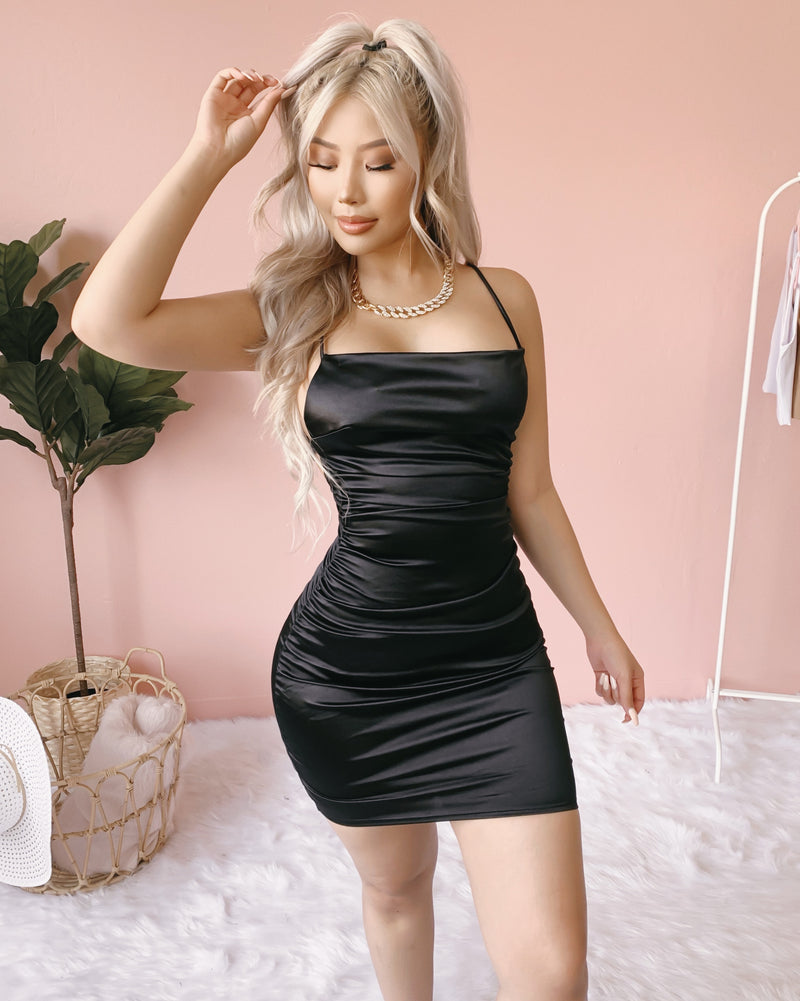 IN TOO DEEP OPEN BACK DRESS (BLACK)