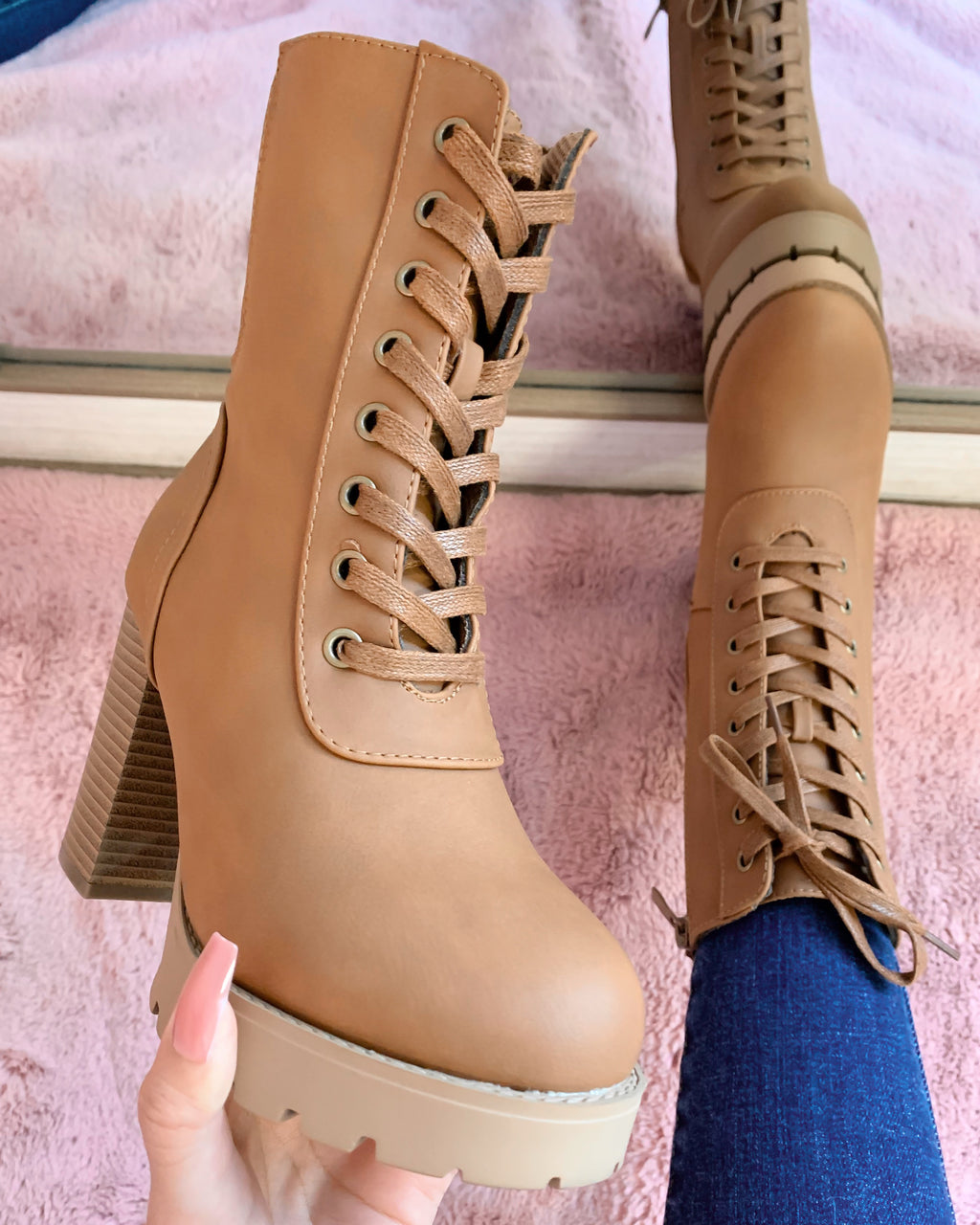 ALEX LACE UP BOOT (TAN)
