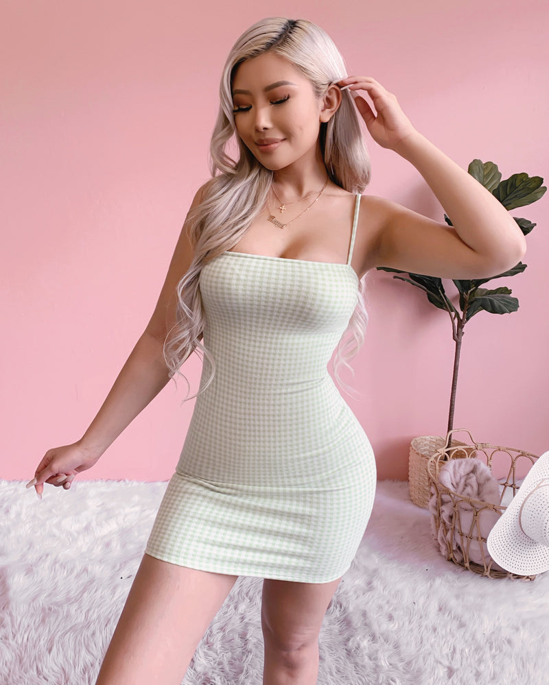AIMEE RIBBED DRESS (PISTACHIO)