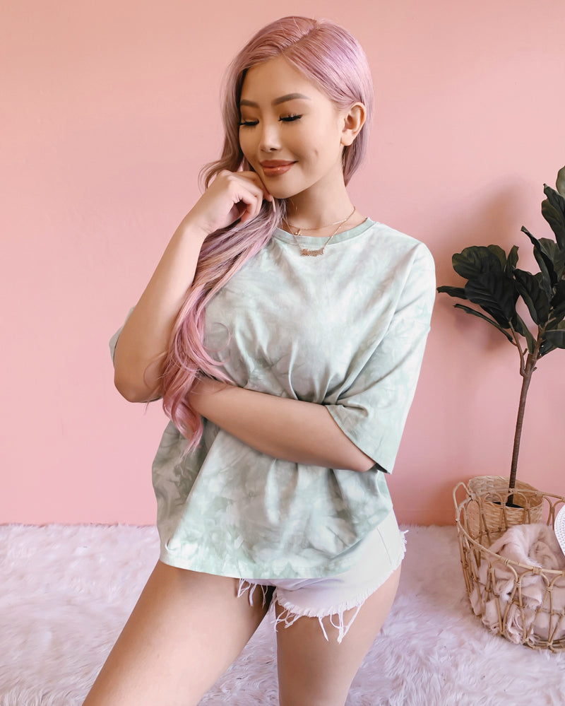 TIE DYE DREAMS OVERSIZED TEE (SAGE)