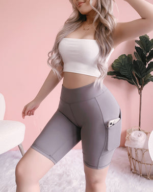 LEVEL UP HIGH RISE BIKER SHORTS W/ POCKETS!! (GREY)