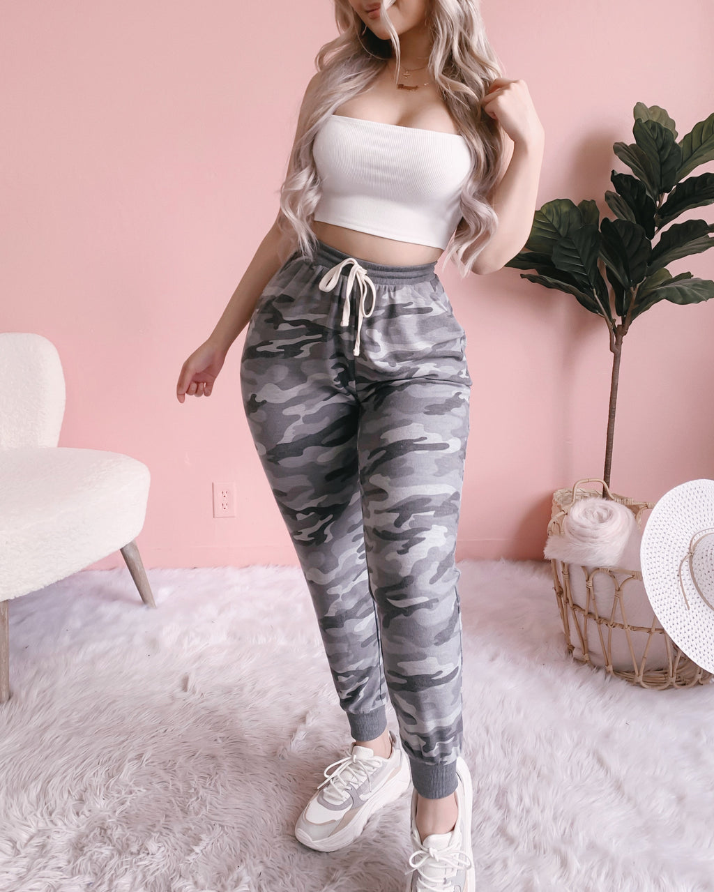 RILEY CAMO JOGGERS WITH POCKETS (GREY)