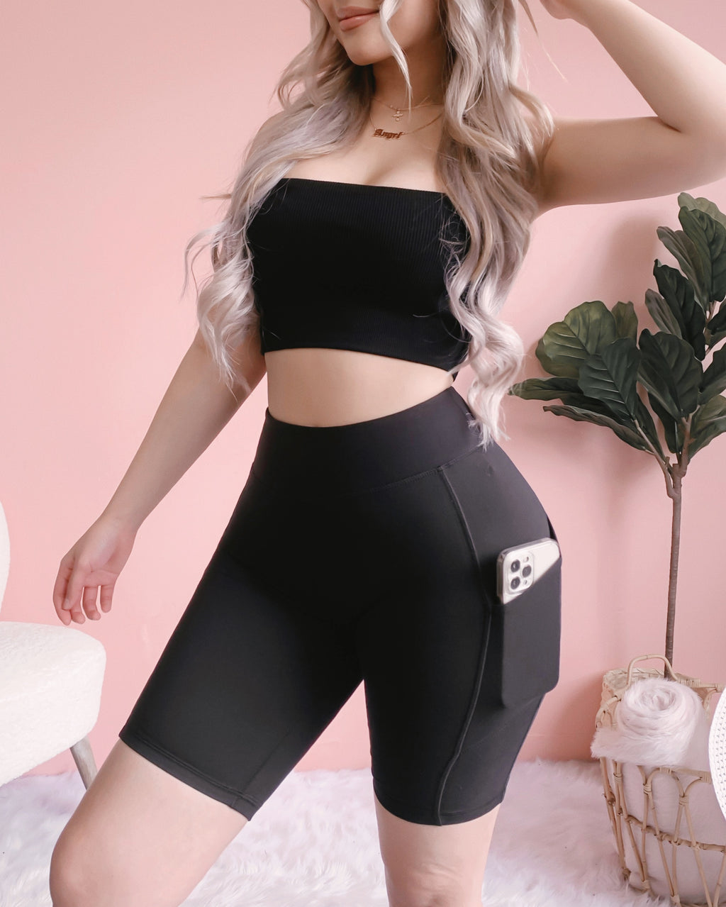 LEVEL UP HIGH RISE BIKER SHORTS W/ POCKETS!! (BLACK)