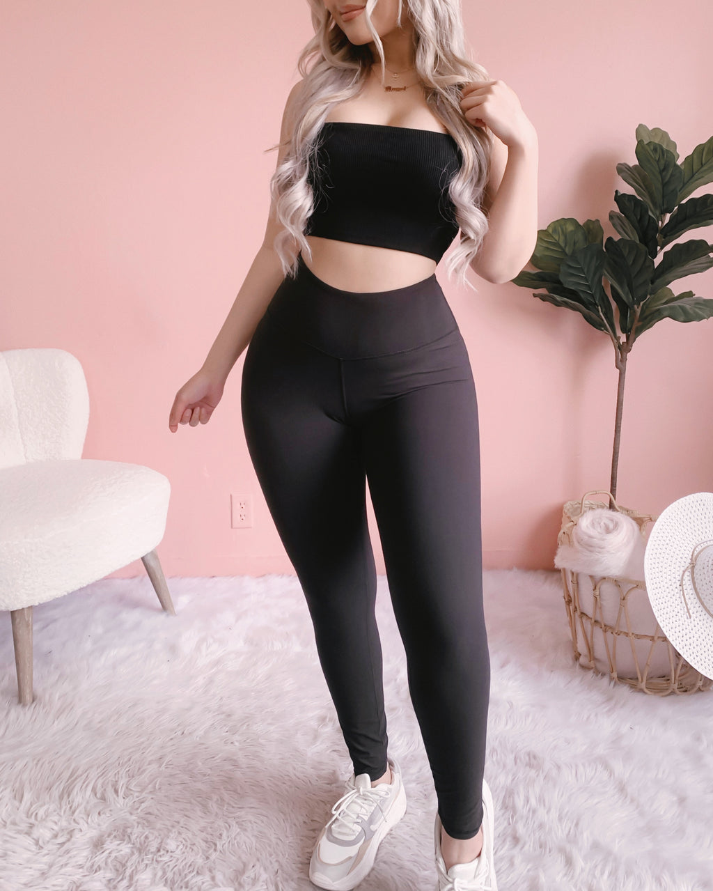 SOFT AS BUTTER HIGH-WAIST LEGGINGS W/ FRONT POCKET!! (BLACK)