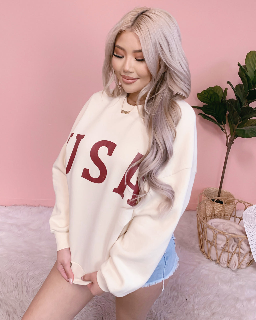 PARTY IN THE USA OVERSIZED SWEATER