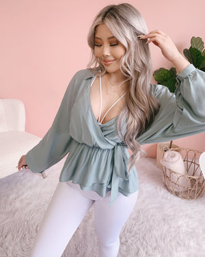 LORI SIDE-TIE FLOWY TOP (IVORY)