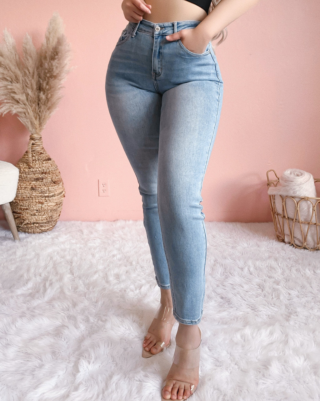 CIENA JEANS (LIGHT WASH)