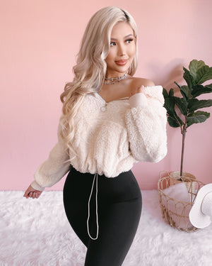 NEW COLOR!! CUDDLE ME TEDDY SWEATER (BLACK)