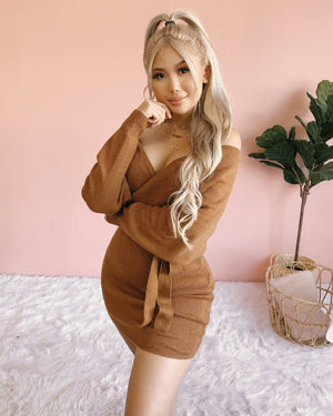 COZY SEASON KNIT SWEATER DRESS (GREY)