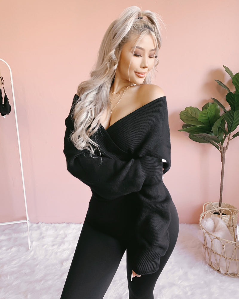 HEAVENLY WRAP SWEATER (BLACK)