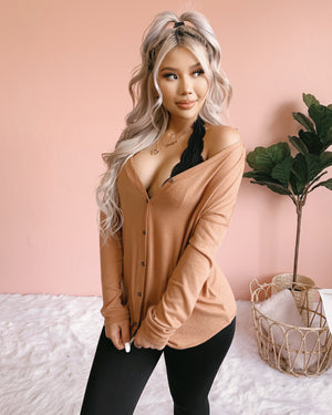 RESTOCKED! BRIANNA BUTTON UP TOP (CAMEL)