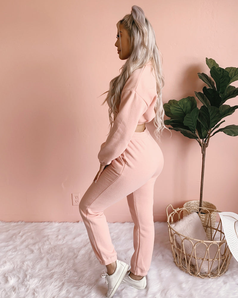KEEP IT BASIC 2-PIECE JOGGER SET (RUST)