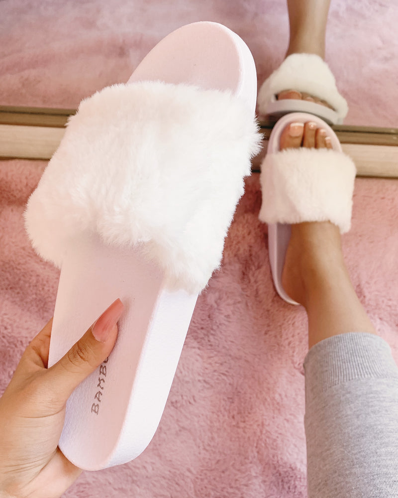 PIPER FUZZY SANDAL (BLUSH)