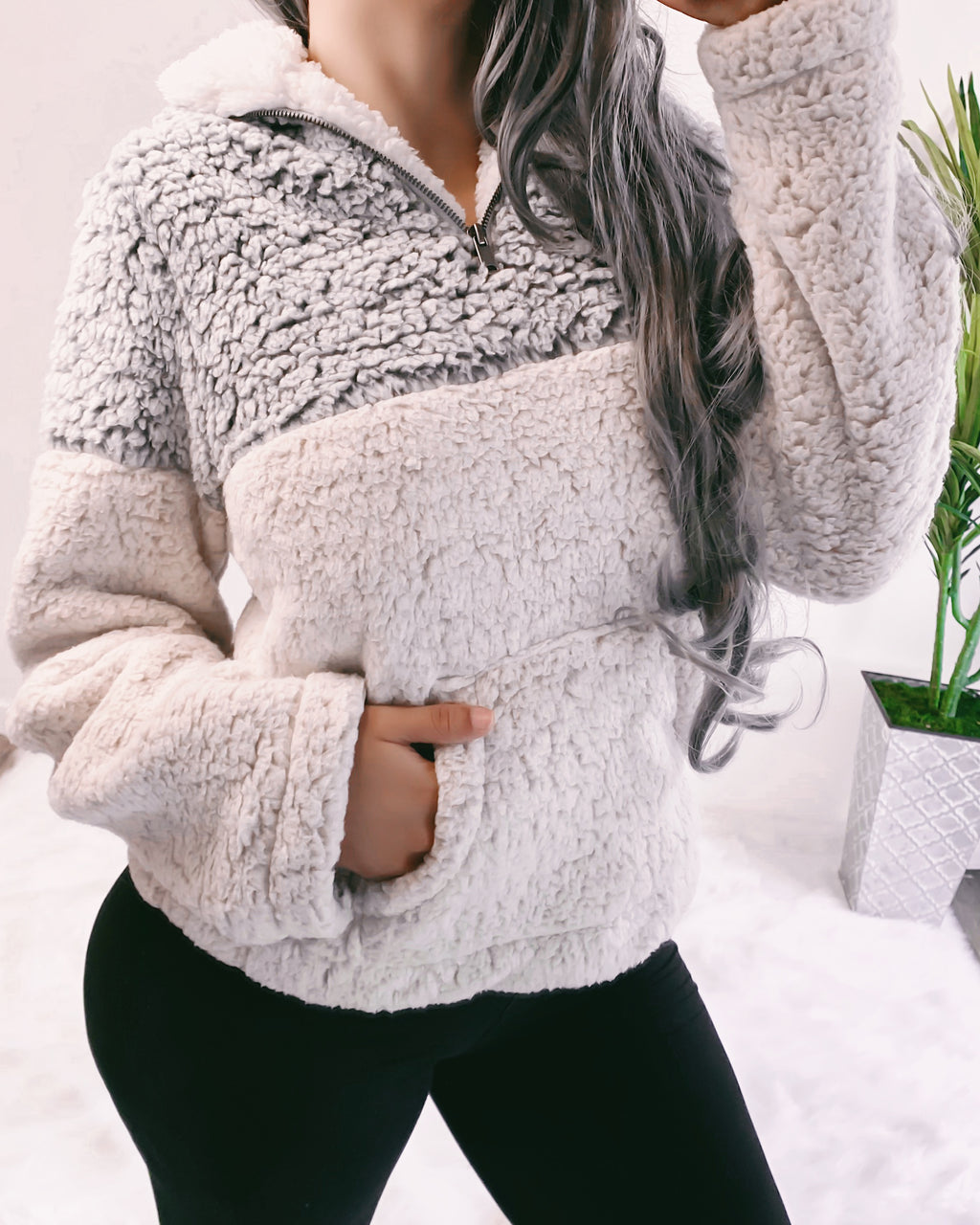 2-TONED ULTRA SOFT TEDDY SWEATER (GREY)
