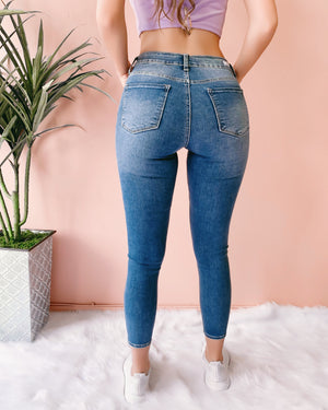 KIRA DISTRESSED KNEE SKINNY JEANS