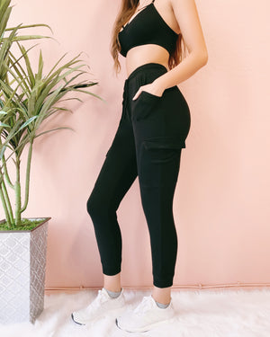 MY FAVE JOGGERS (BLACK)