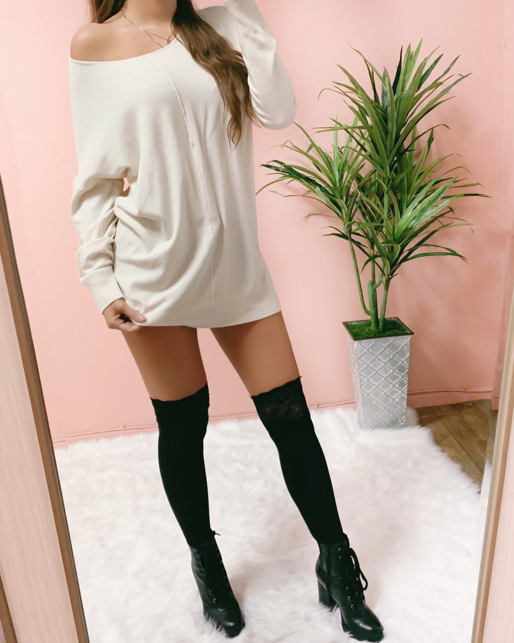 CRUSHIN' ON YOU SWEATER DRESS (CREAM)