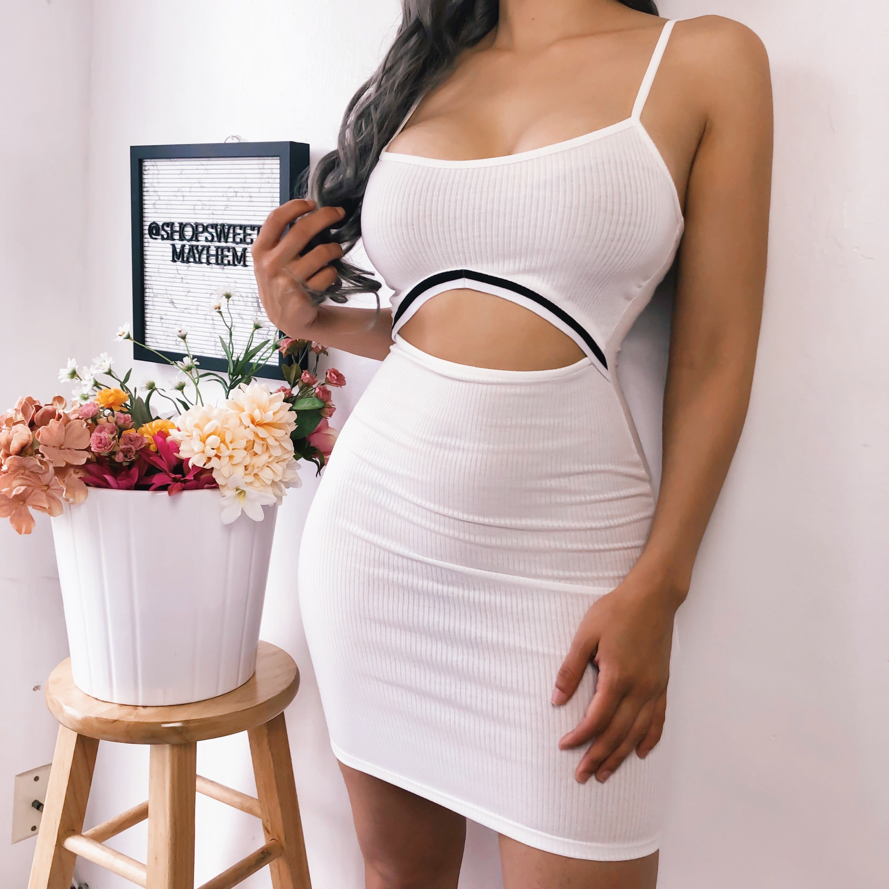 SHARIE CUT OUT DRESS (WHITE)