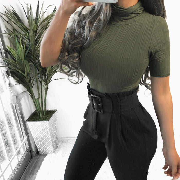 SALE! CLARA RIBBED TURTLE NECK TOP (OLIVE)