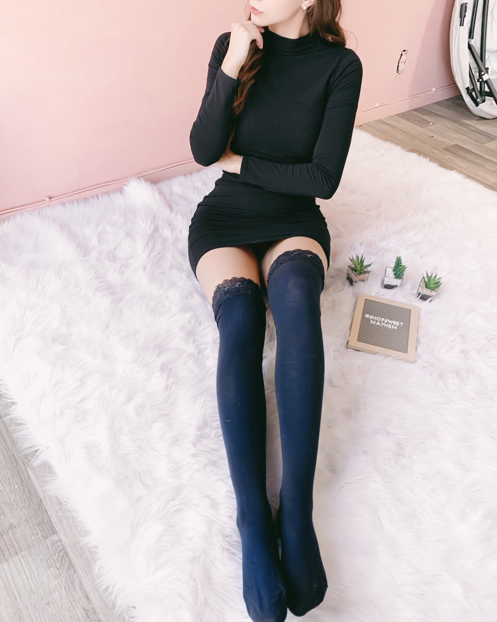 RESTOCKED! LILLY LACE THIGH HIGH SOCKS (NAVY)
