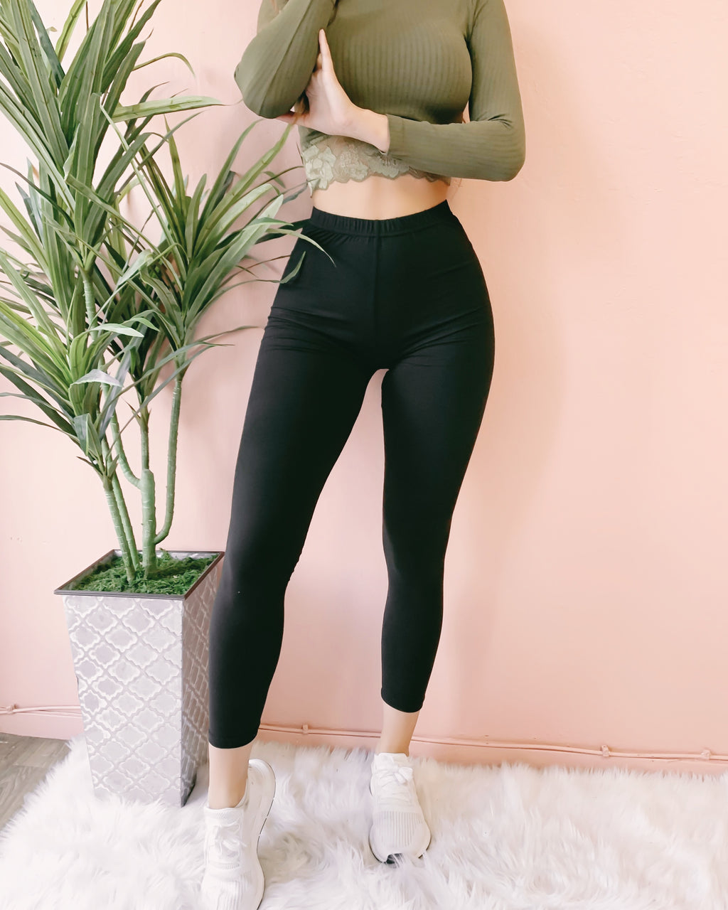 RESTOCKED! SOFTEST EVER LEGGINGS (BLACK)